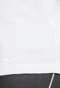 Casall - VISION SILKY MUSCLE TANK - Toppe - white - 5