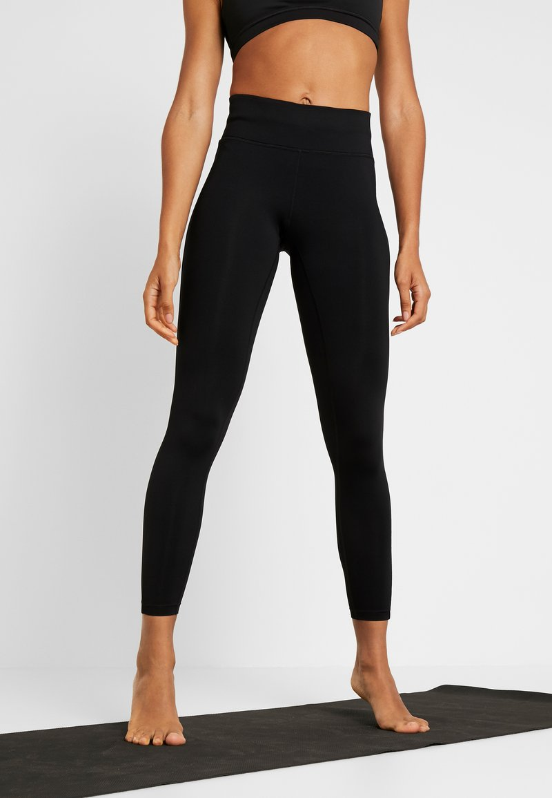 Casall - CASALL ESSENTIAL 7/8 TIGHTS - Legging - black