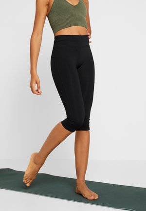 ESSENTIAL 3/4 - 3/4 sports trousers - black