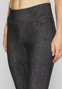Casall - CROCO - Tights - grey - 4