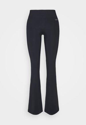 CLASSIC JAZZ PANTS - Pantalones deportivos - black