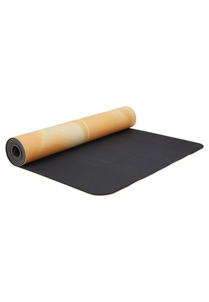 YOGA MAT NATURAL RUBBER GRIP 5MM - Fitness/yoga - golden yellow/core white