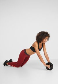 Casall - AB ROLLER - Fitness / Yoga - black - 1