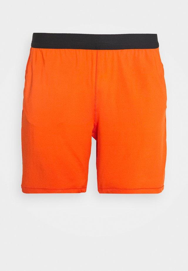 ELASTIC SHORTS - kurze Sporthose - intense orange
