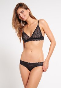 Cosabella - DOTS SWEET TREATS THONG - G-strenge - black