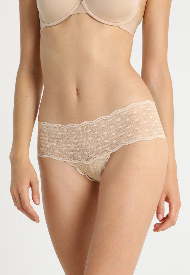 TREATS DOTS HOTPANTS - Slip - blush
