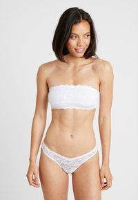 Cosabella - ROXIE V THONG - String - white - 1