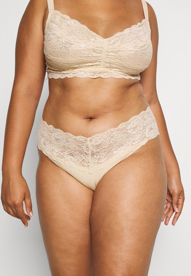 NEVER SAY NEVER PLUS LOVELIE THONG - String - blush