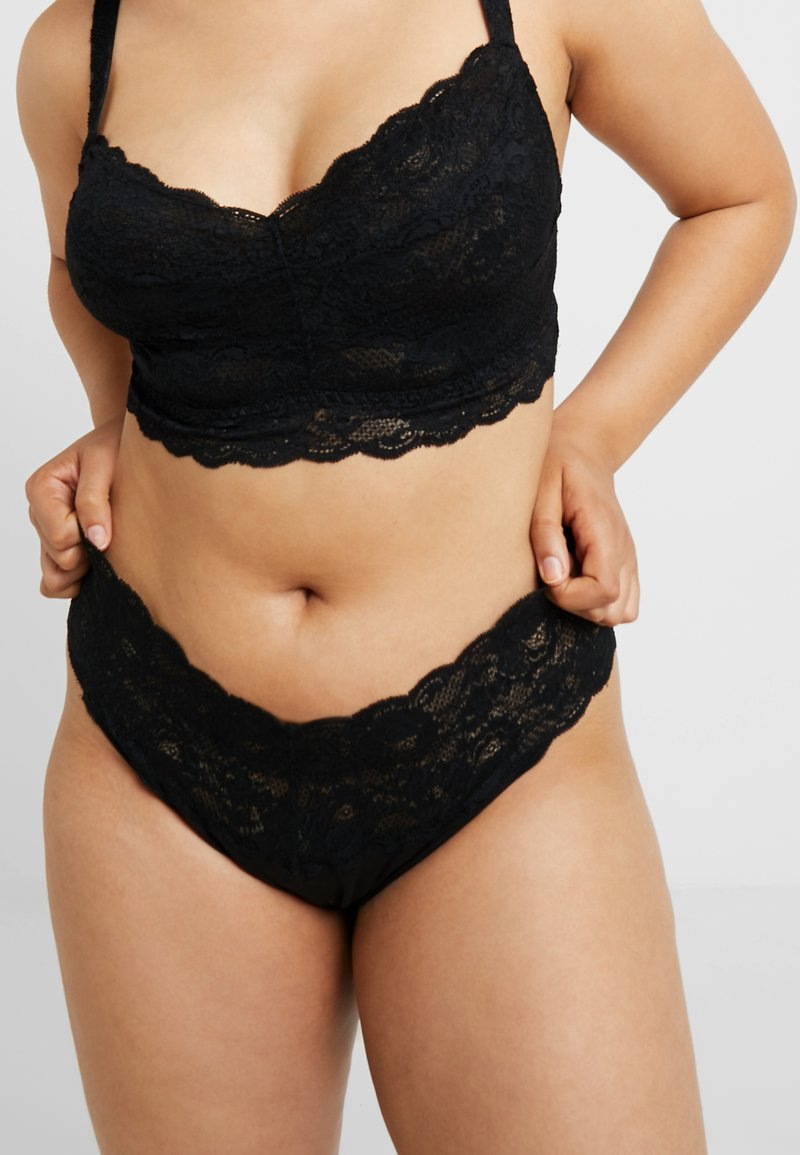 Cosabella - NEVER SAY NEVER PLUS LOVELIE THONG - String - black