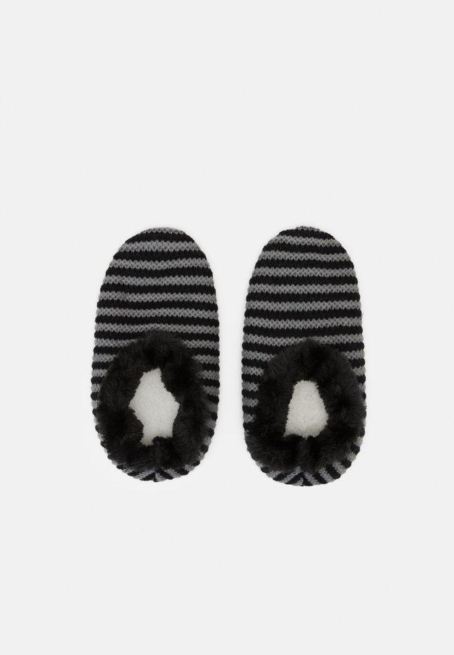 SLIPPER  - Pantoffels - black