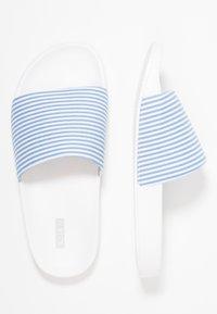 CALANDO - Pantofle - white - 3