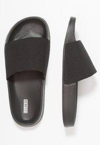 CALANDO - Pantofle - black - 3