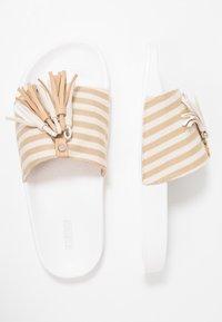 CALANDO - Pantofle - beige - 3