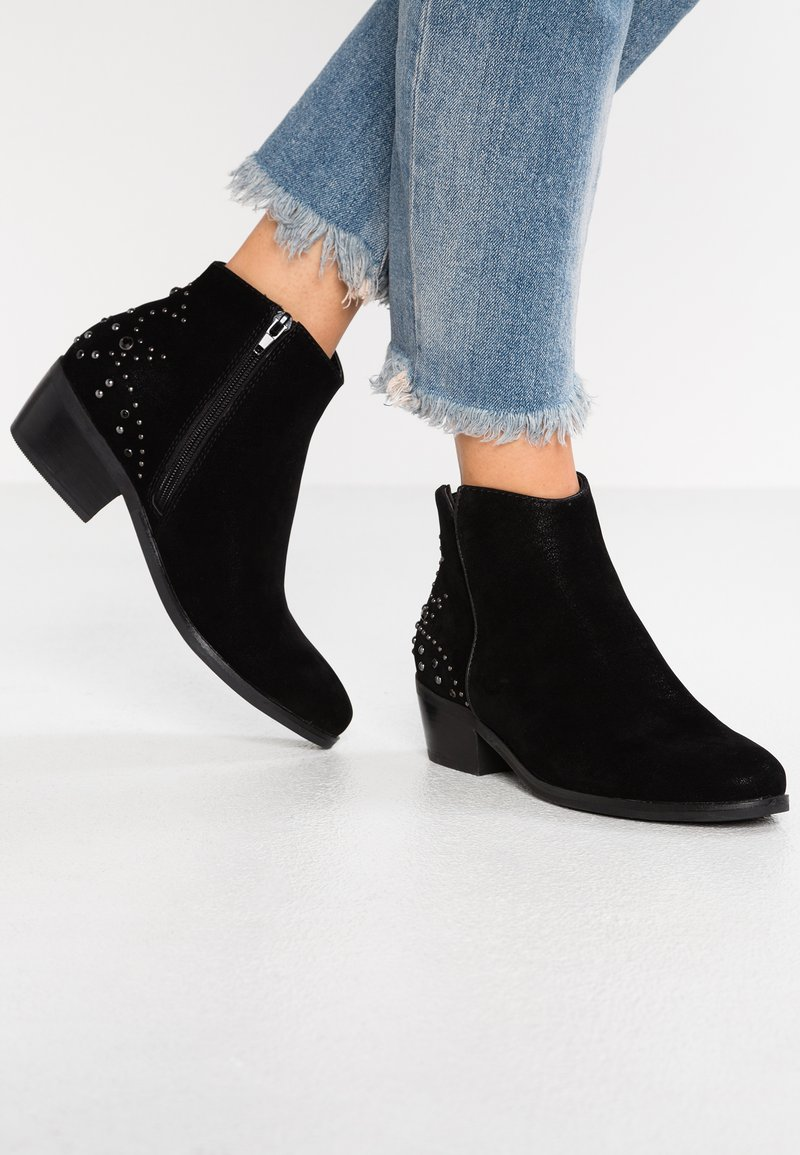 CALANDO - Ankle Boot - black