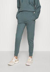 CALANDO - Teplákové kalhoty - goblinblue - 0