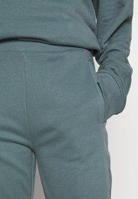 CALANDO - Teplákové kalhoty - goblinblue - 3