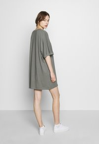 CALANDO - T-SHIRT DRESS - Jersey dress - moon mist - 2