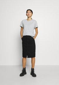 CALANDO - Basic T-shirt - light grey melange - 1