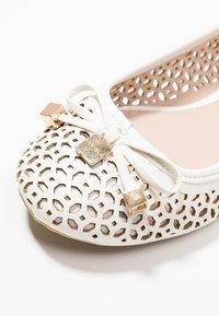 Carvela - LIDIA - Ballerines - white - 2