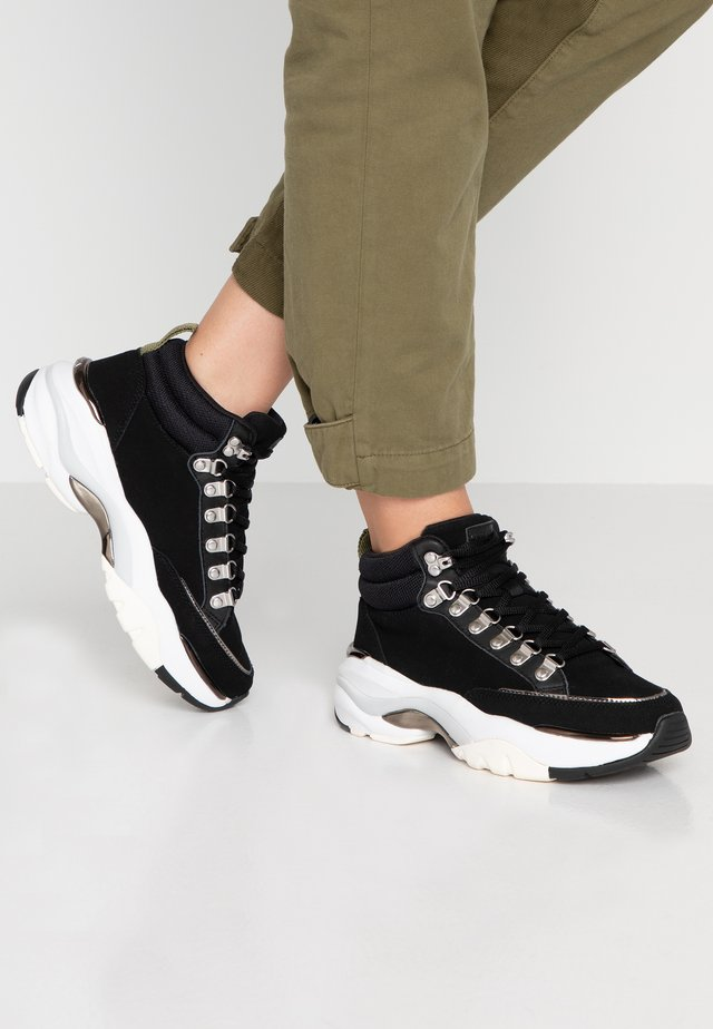 LICK - Sneaker high - black