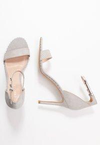 Carvela - GRIDDLE - Sandaler med høye hæler - grey - 3
