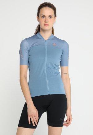 HALE GLOW - Camiseta estampada - shore/boost