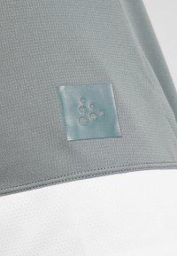 Craft - HALE - T-Shirt print - plexi/gravity - 7