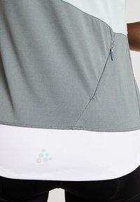 Craft - HALE - T-Shirt print - plexi/gravity - 4