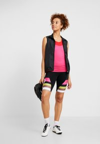 Craft - STRIDE SINGLET - Top - fame/bright red - 1