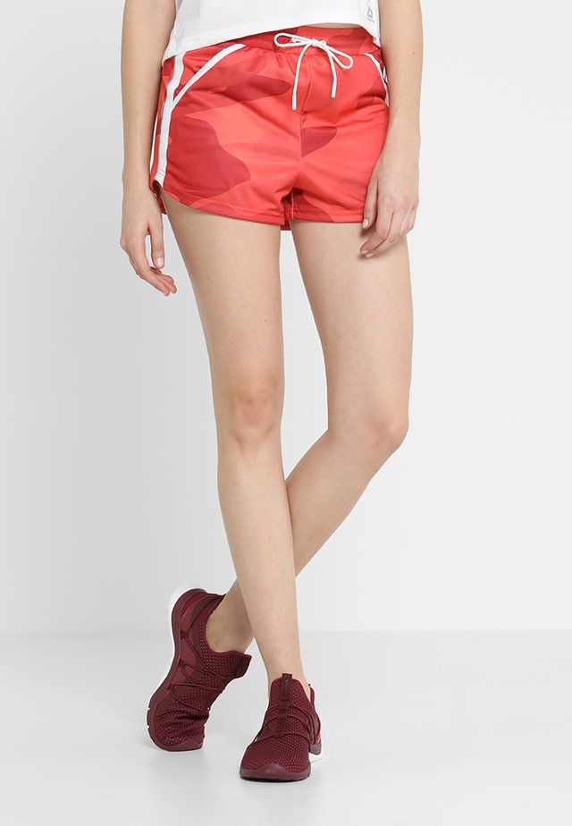 DISTRICT HIGH WAIST SHORTS - kurze Sporthose - red/orange