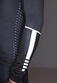 Craft - ROUTE - Langarmshirt - black/white - 6