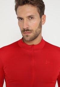 Craft - ESSENCE - T-Shirt print - bright red - 5