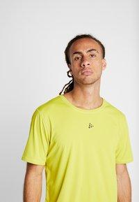 Craft - CHARGE TEE - T-Shirt print - mustard yellow - 5