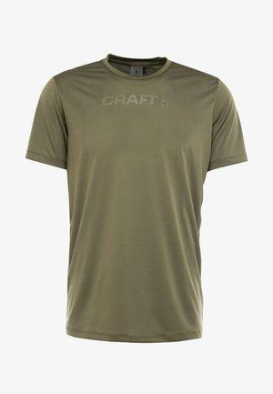 CORE ESSENCE TEE  - T-shirt med print - rift