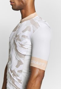 Craft - GRAPHIC TRAINING - T-Shirt print - ash multi - 5