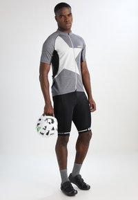 Craft - RISE SHORTS - kurze Sporthose - black/white - 1