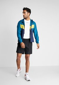 Craft - CHARGE LIGHT JACKET  - Sports jacket - universe blaze - 1