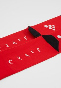 Craft - TRAINING PACK  - Sportsocken - bright red/white