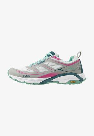 HAPSU NORDIC WALKING SHOE - Walking trainers - glacier/bounganville