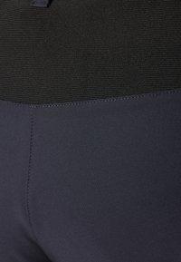 CMP - WOMAN FREE BIKE BERMUDA WITH INNER UNDERWEAR - Korte sportsbukser - antracite - 2