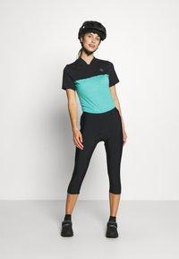 CMP - WOMAN PANT 3/4 BIKE - 3/4 sports trousers - nero - 1
