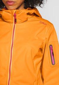 CMP - WOMAN JACKET ZIP HOOD - Soft shell jacket - solarium - 5