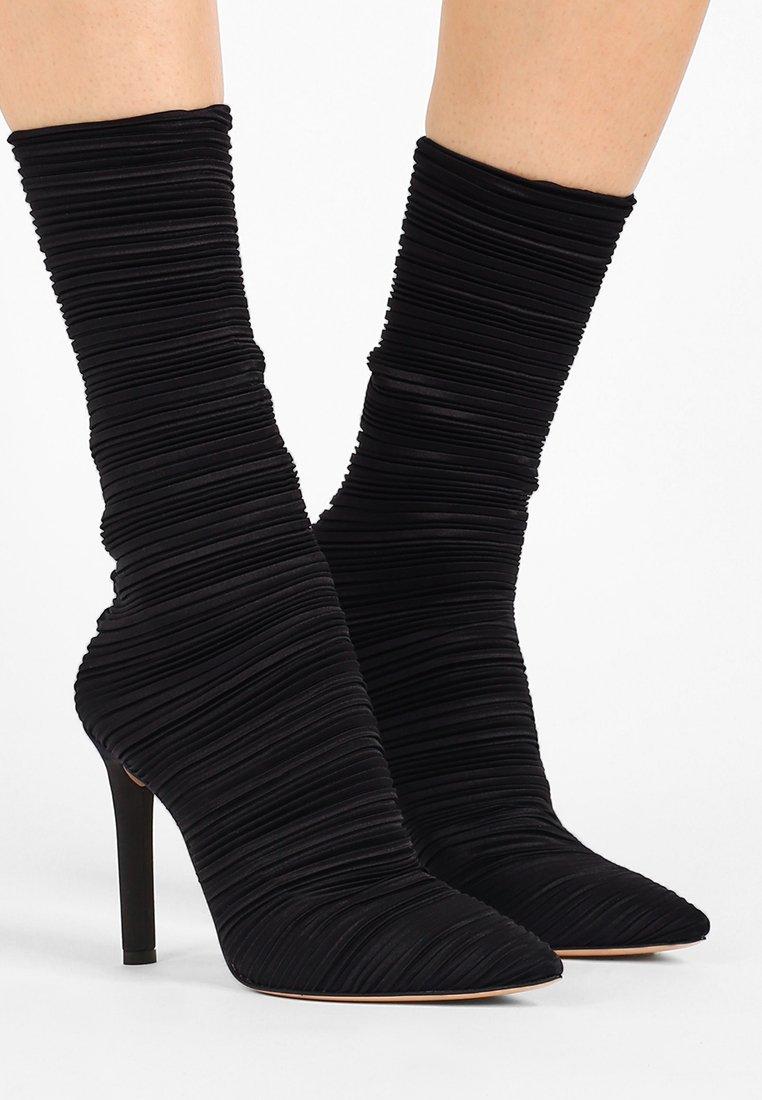 Casadei - Boots med høye hæler - nero
