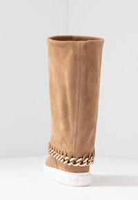 Casadei - Kotníkové boty na klínu - renna daphne - 5