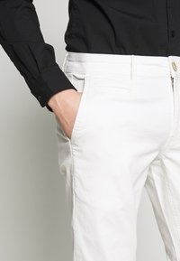 Cars Jeans - TORINO - Chinot - off white - 4