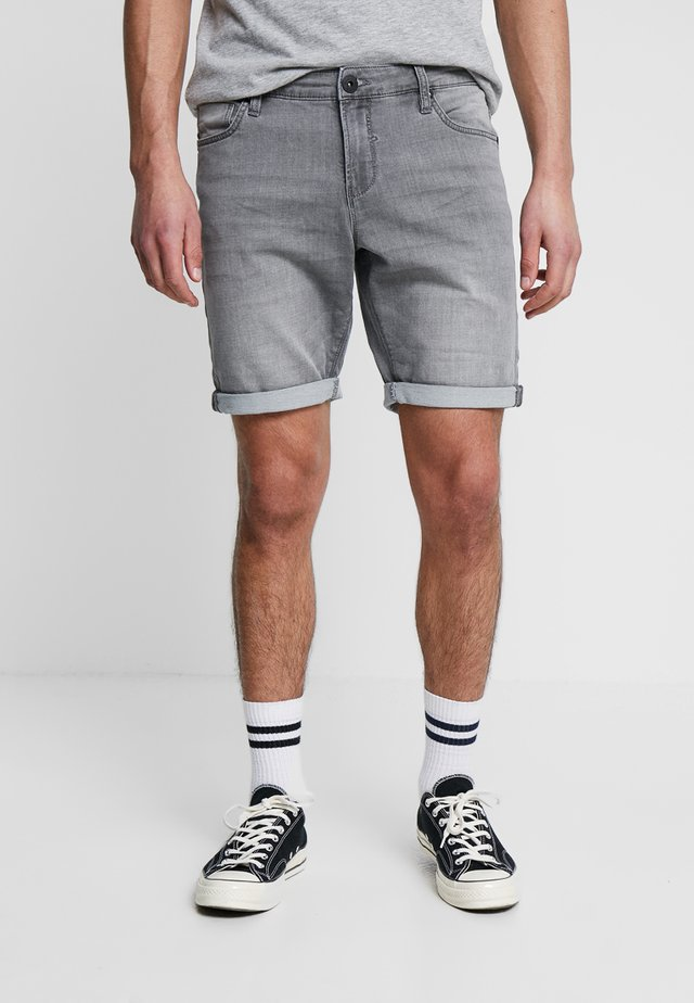 TUCKY - Jeans Shorts - grey used
