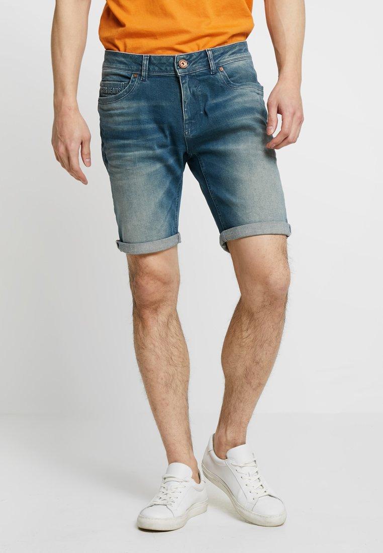 Cars Jeans - BARCKS - Jeans Shorts - lion blue