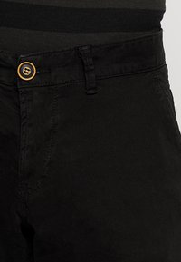 Cars Jeans - TINO - Shorts - black - 4