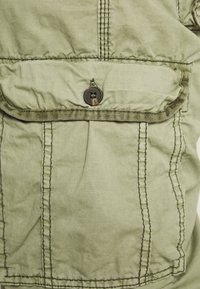 Cars Jeans - DURRAS PLUS - Cargo trousers - olive - 3