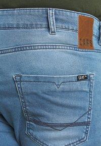 Cars Jeans - TUCKY PLUS - Denim shorts - bleached - 3